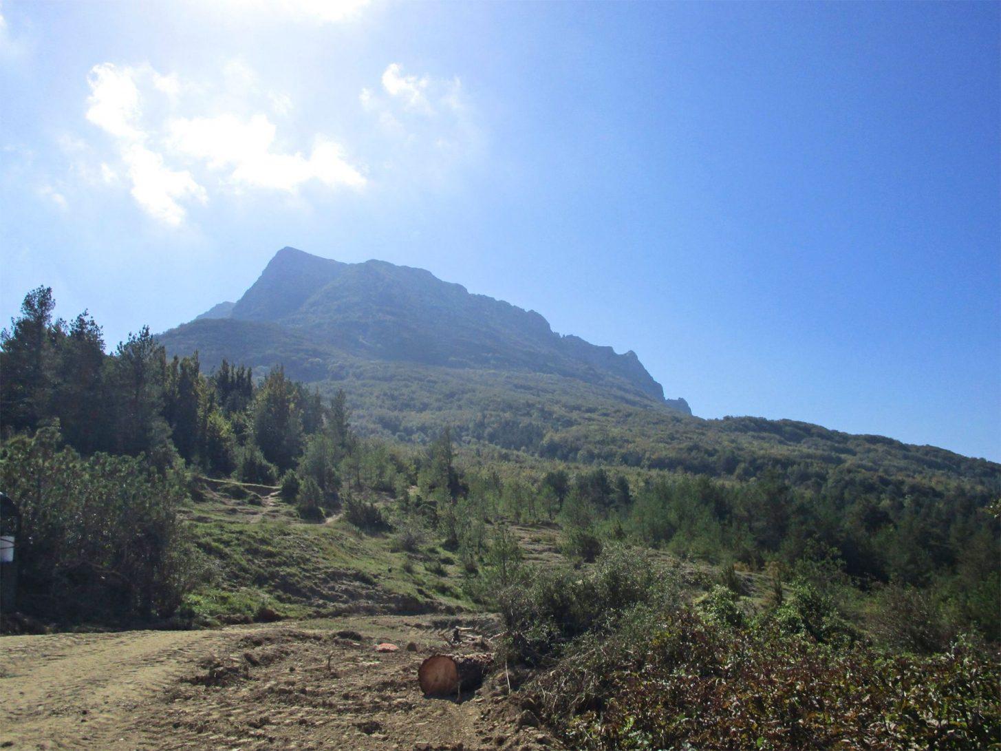 Randonnée en direction du Pech de Bugarach ©D. Cosperec-Villemarcheurs