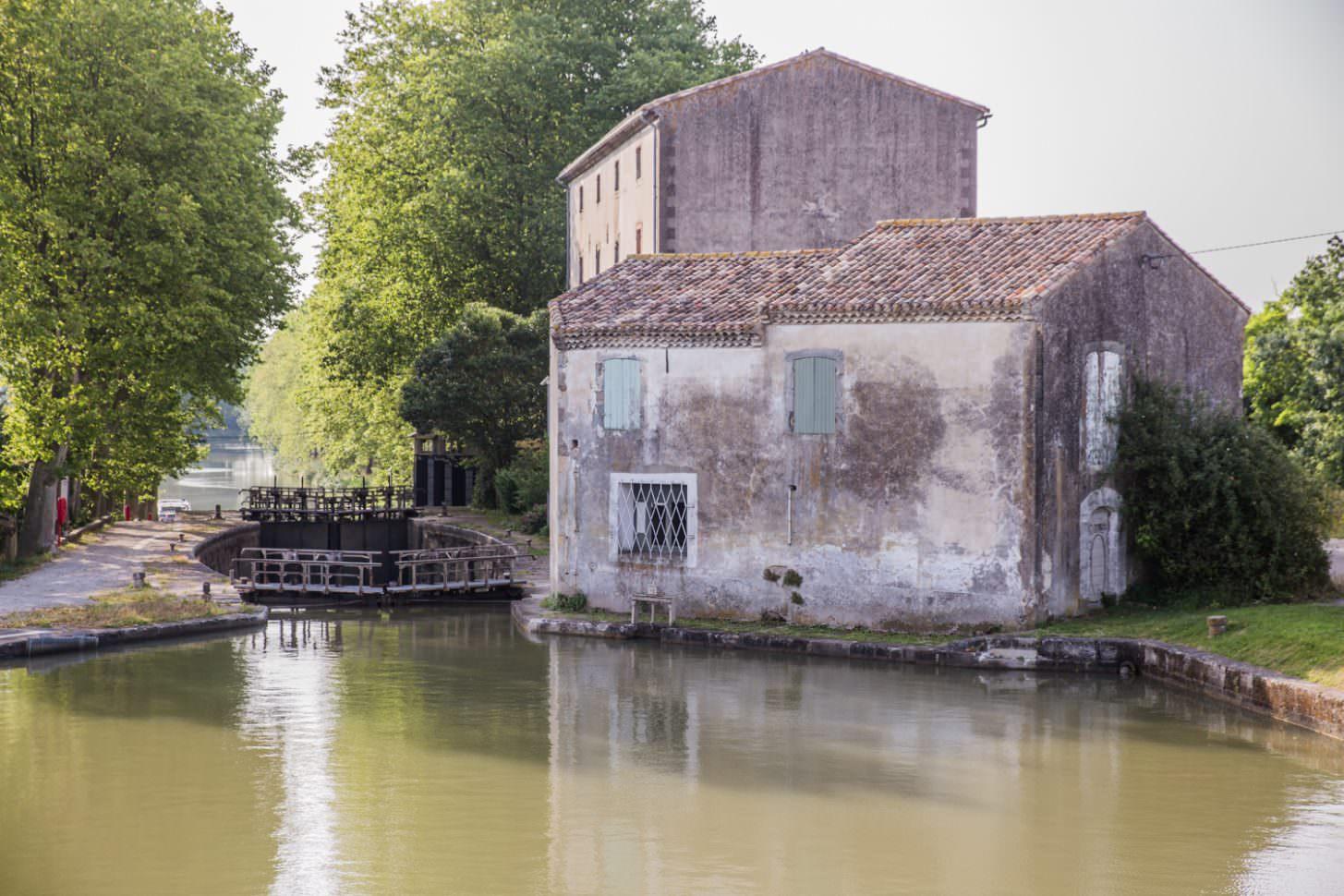 Écluse de Saint Roch à Castelnaudary ©Office de Tourisme de Castelnaudary