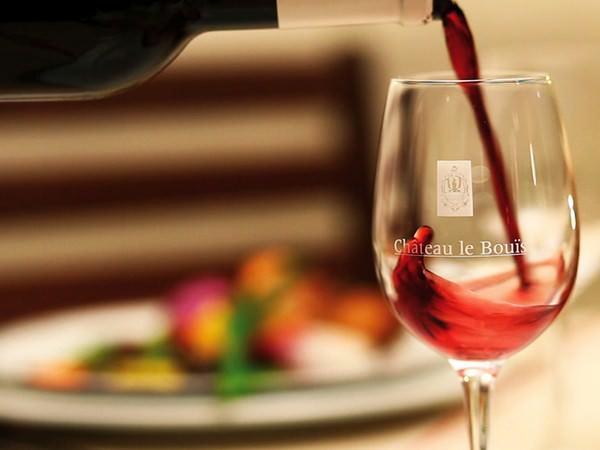 Dégustation de vin dans l'Aude