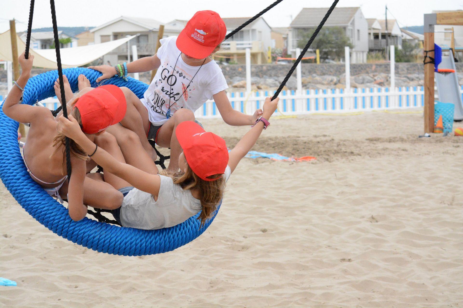 Plage Des Chalets A Gruissan gruissan, une journée d'été à la plage des chalets - aude