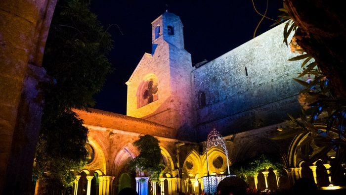 L'abbaye de Fontfroide la nuit ©Céline Deschamps