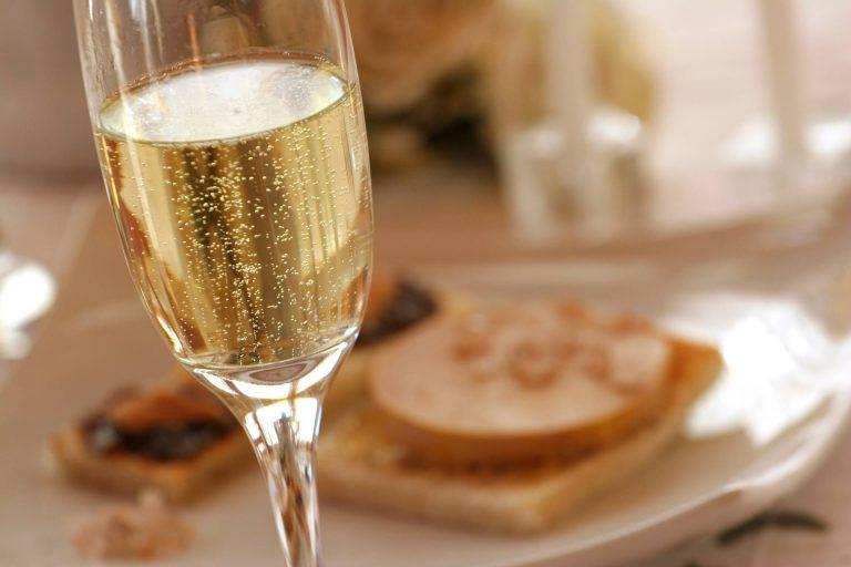 Coupe de blanquette de limoux et foie gras