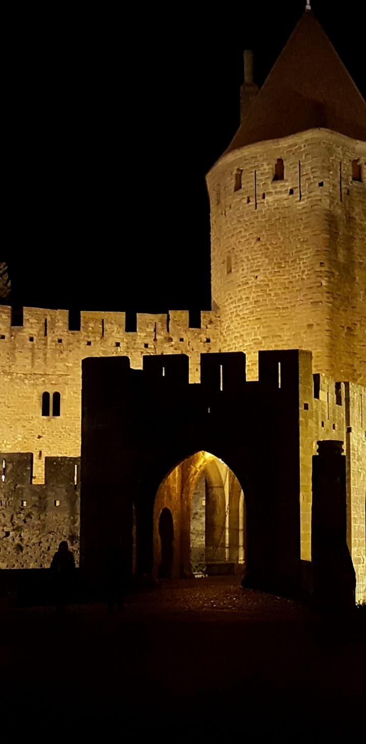 Porte Narbonnaise, Cité de Carcassonne de nuit