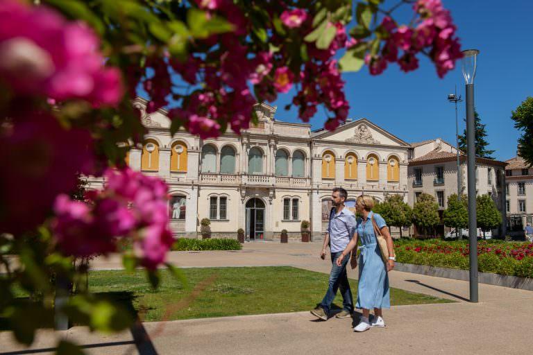 Carcassonne, musée des beaux arts, couple