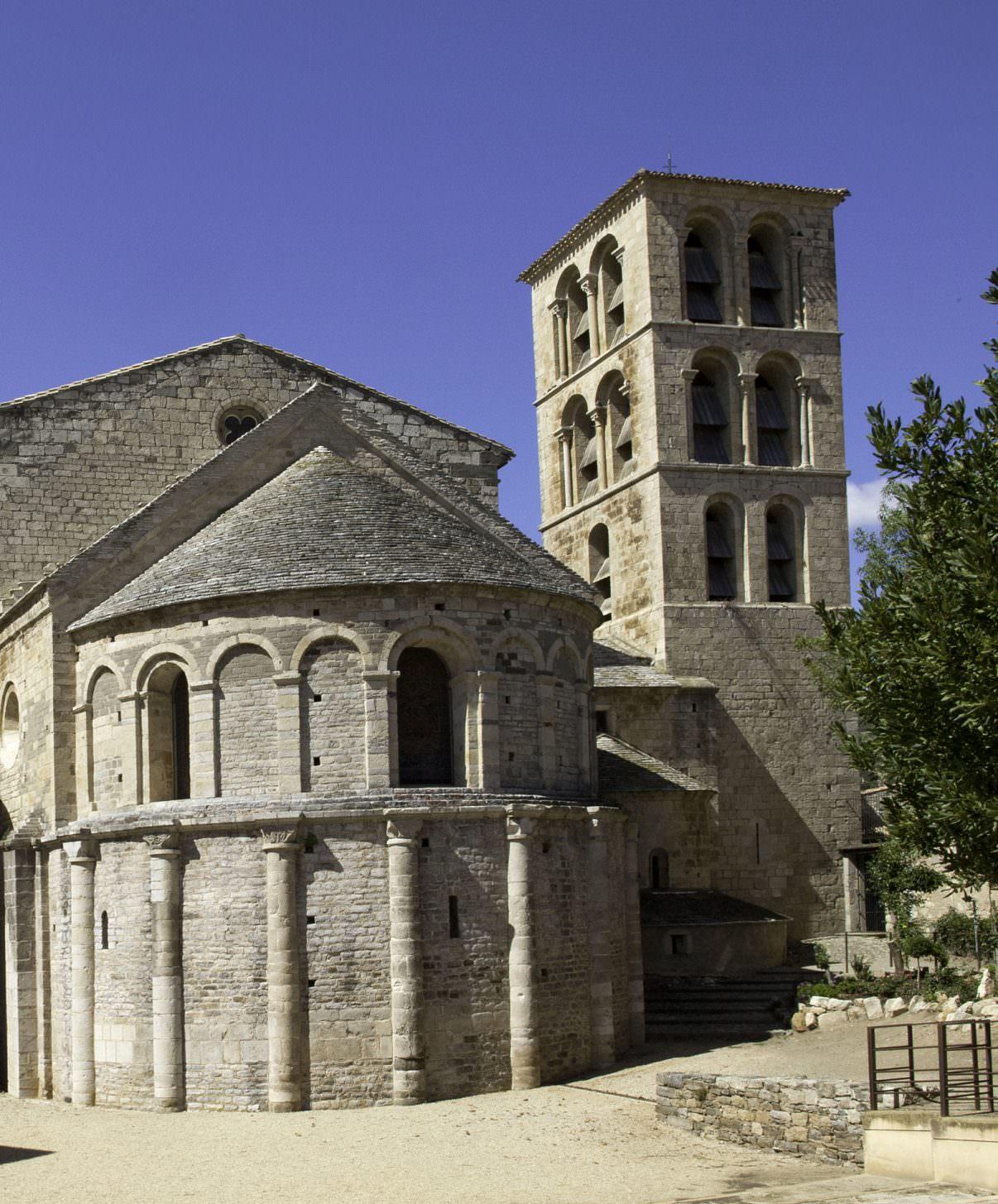 Visite de l'Abbaye de Caunes-Minervois et son chevet ©Philippe Benoist-ADT de l'Aude