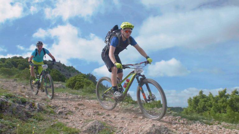 Randonnée VTT au Pic de Nore en Montagne Noire ©Ailium-ADT de l'Aude