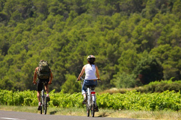 Rando vélo dans les Corbières ©C. Deschamps