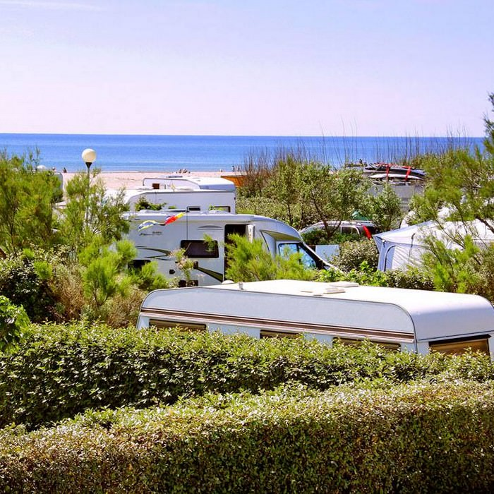 Camping les Ayguades à Gruissan