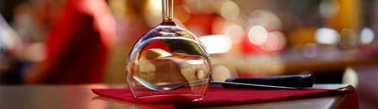 Tous les restaurants de l'Aude © H.braxmeier-Pixabay - ADT de l'Aude