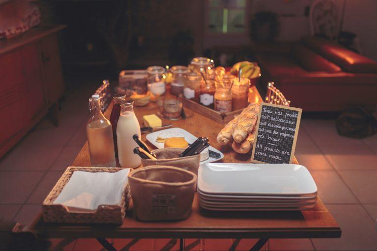 Petit-déjeuner - Hébergement en Lauragais © Vincent Photographie