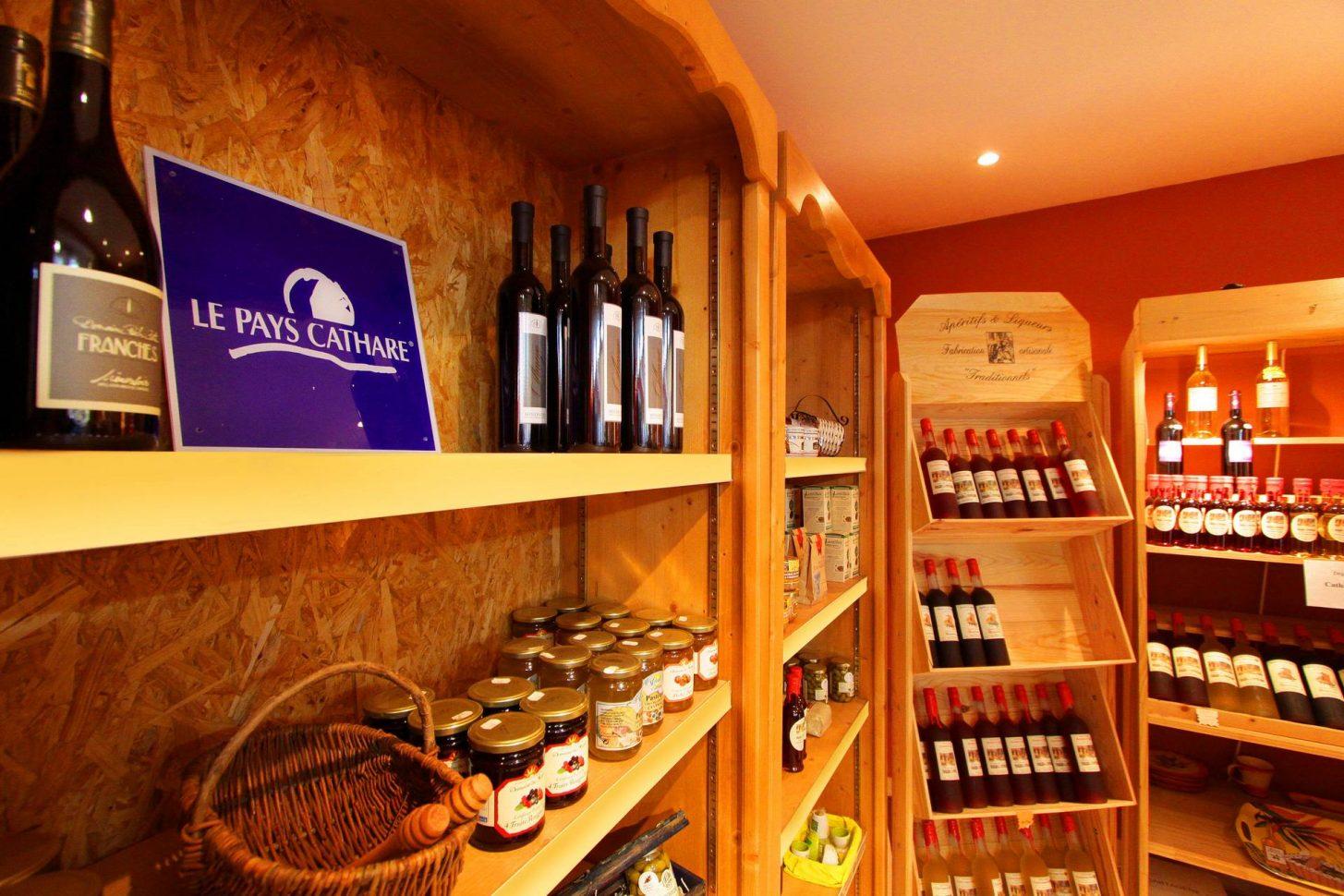Boutique de produits Pays Cathare, Gouffre Géant de Cabrespine ©A.Marserou