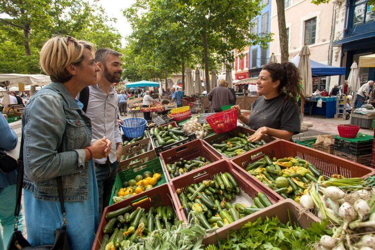 le marché, place Carnot à Carcassonne