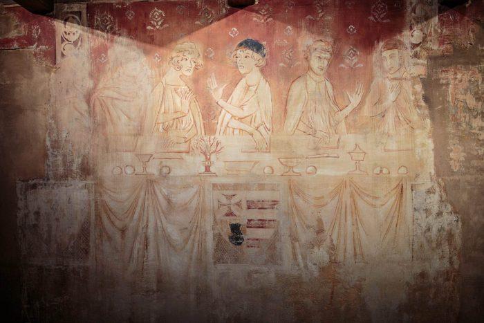 Fresque au château de Villerouge Terménes -crédit Vincent Photographie
