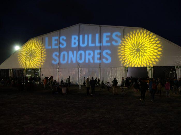 Le chapiteau au Festival Les Bulles sonores à Limoux ©Office de Tourisme du Limouxin