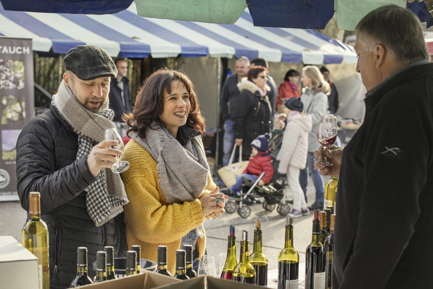 Foire au gras à Belpech, dégustation de vin