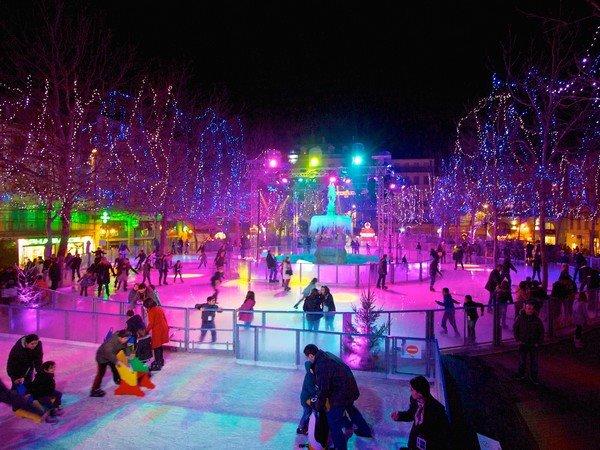 La magie de Noël à Carcassonne, patinoire