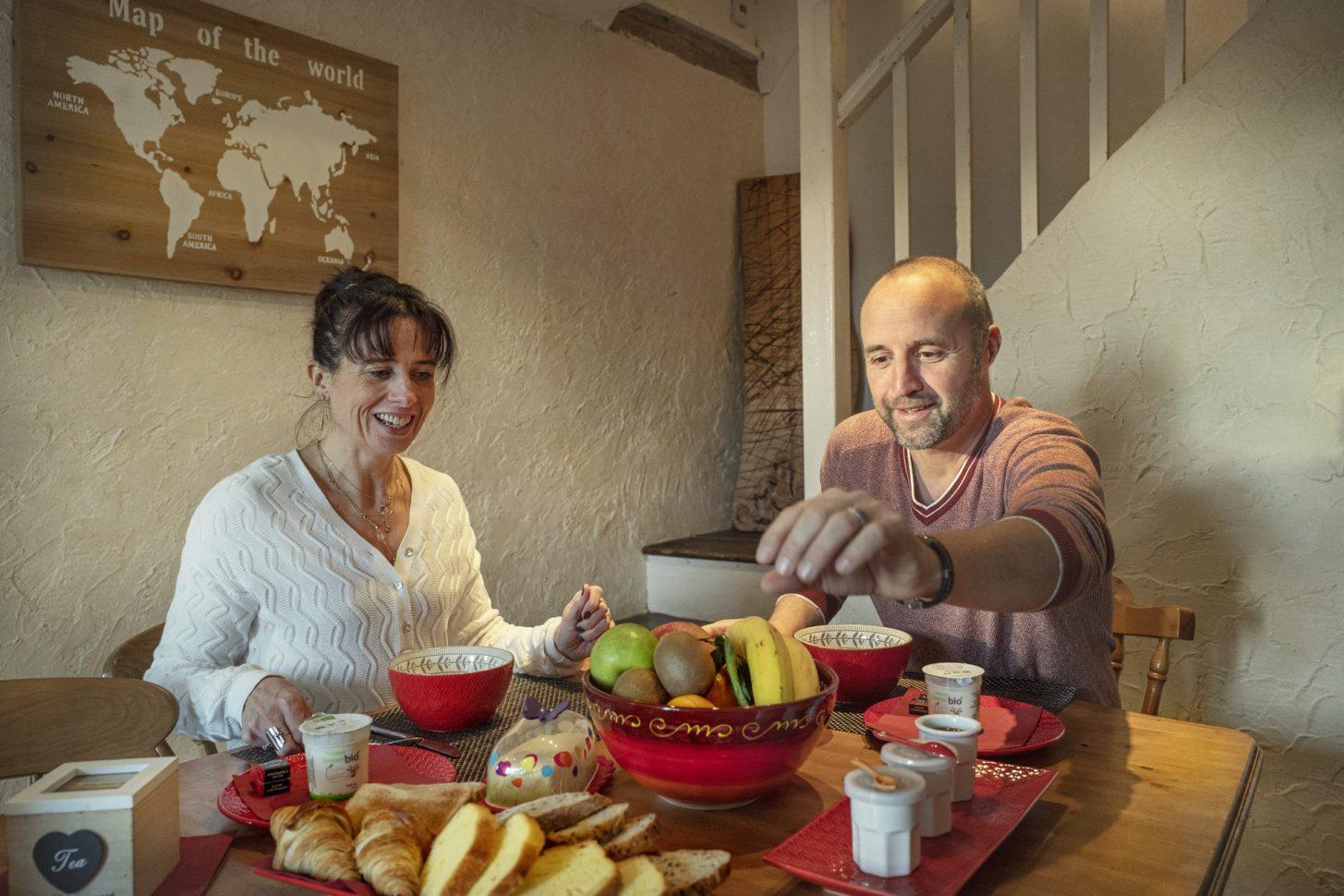 Aux Prés de l'Amourier, Gaja la Selve, petit déjeuner