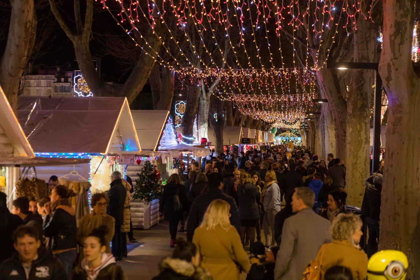 Féeries de Noël à Narbonne, sur les Barques