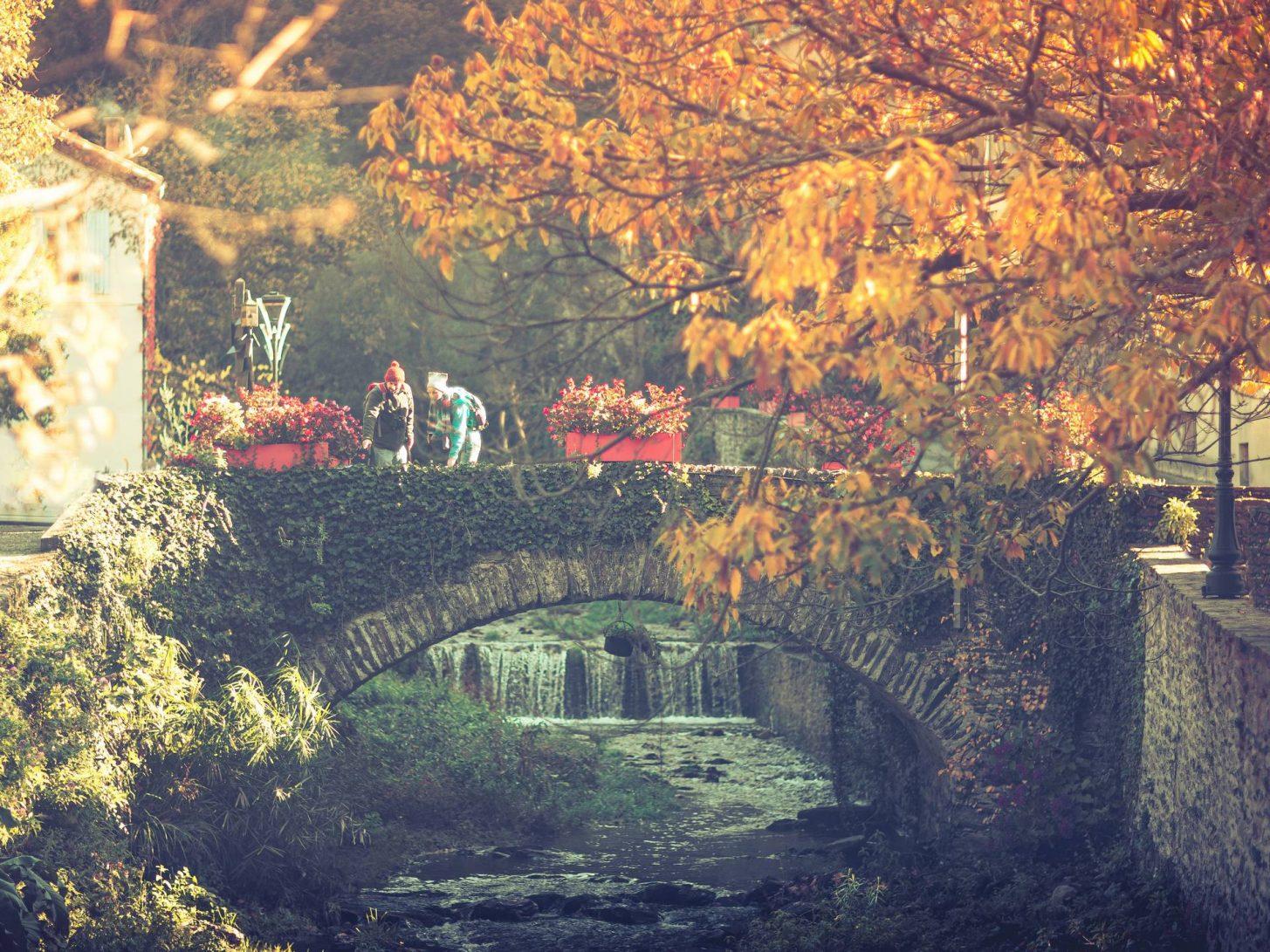 Pont de pierre en Montagne Noire ©Vincent Photographie, ADT de l'Aude