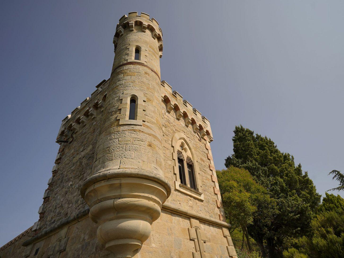 Tour Magdalla, tête de proue du domaine de l'abbé Saunière à Rennes le Château © Raphaël Kann
