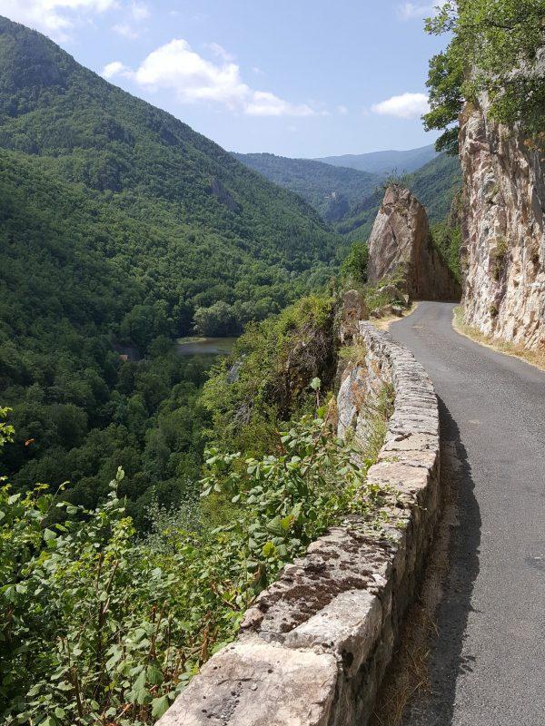 Haute Vallée de l'Aude, gorges, route