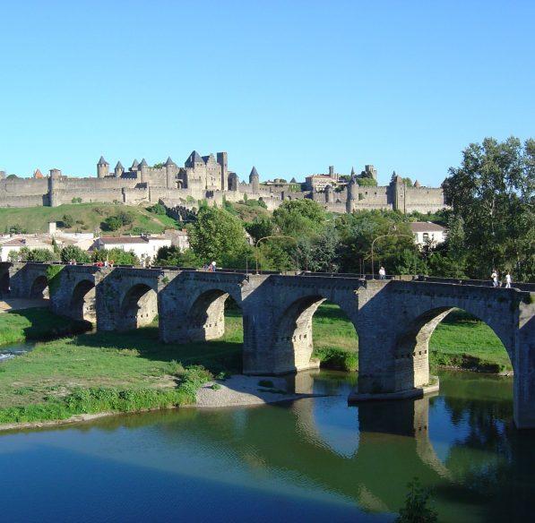 carcassonne-2004-08-cite-pont-vieux-aude-cr-omt-carcassonne