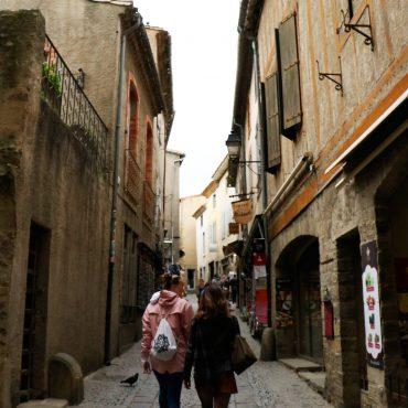 Carcassonne, cité, commerces