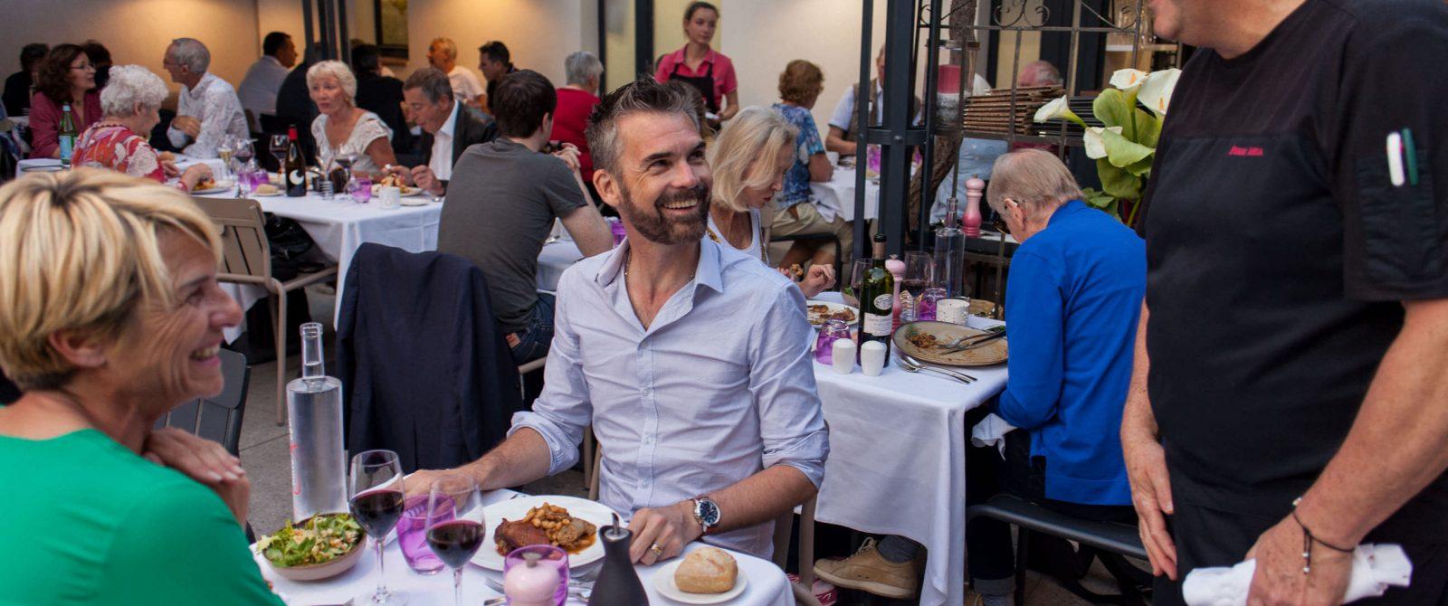 Repas au Comte Roger, en terrasse - Cité de Carcassonne @ Philippe Benoist