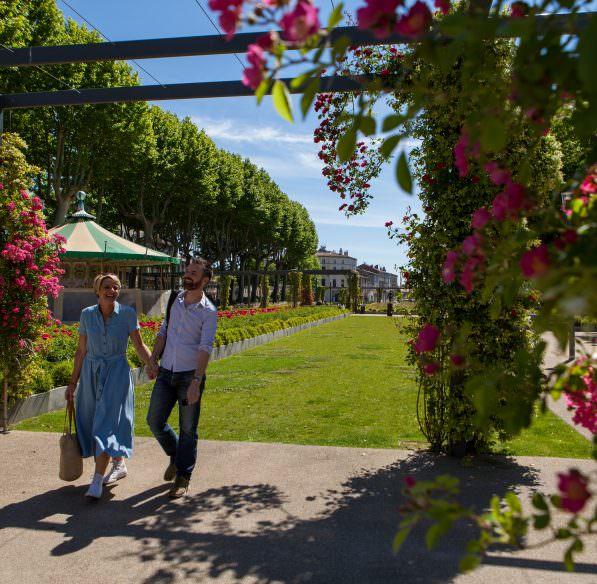 Carcassonne Bastide et Cité - couple