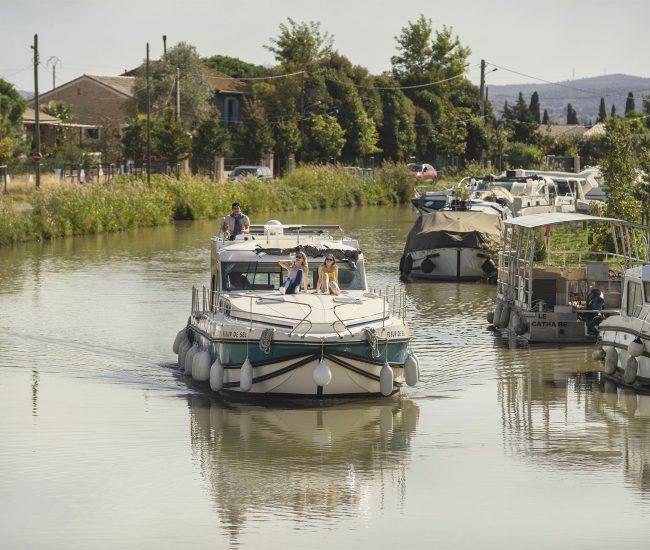 Le canal du Midi en bateau ©Idriss Bigou-Gilles - ADT de l'Aude