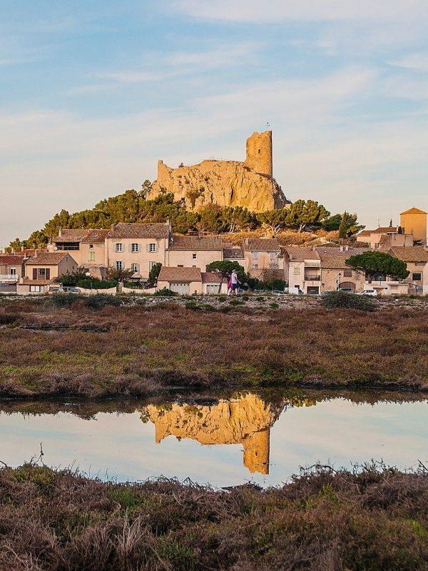 La Tour Barberousse à Gruissan, le village, les étangs©E. de Puy, ADT Aude
