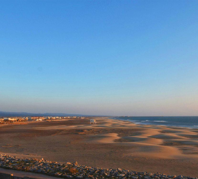 La plage de Gruissan au coucher du soleil ©Office de Tourisme de Gruissan