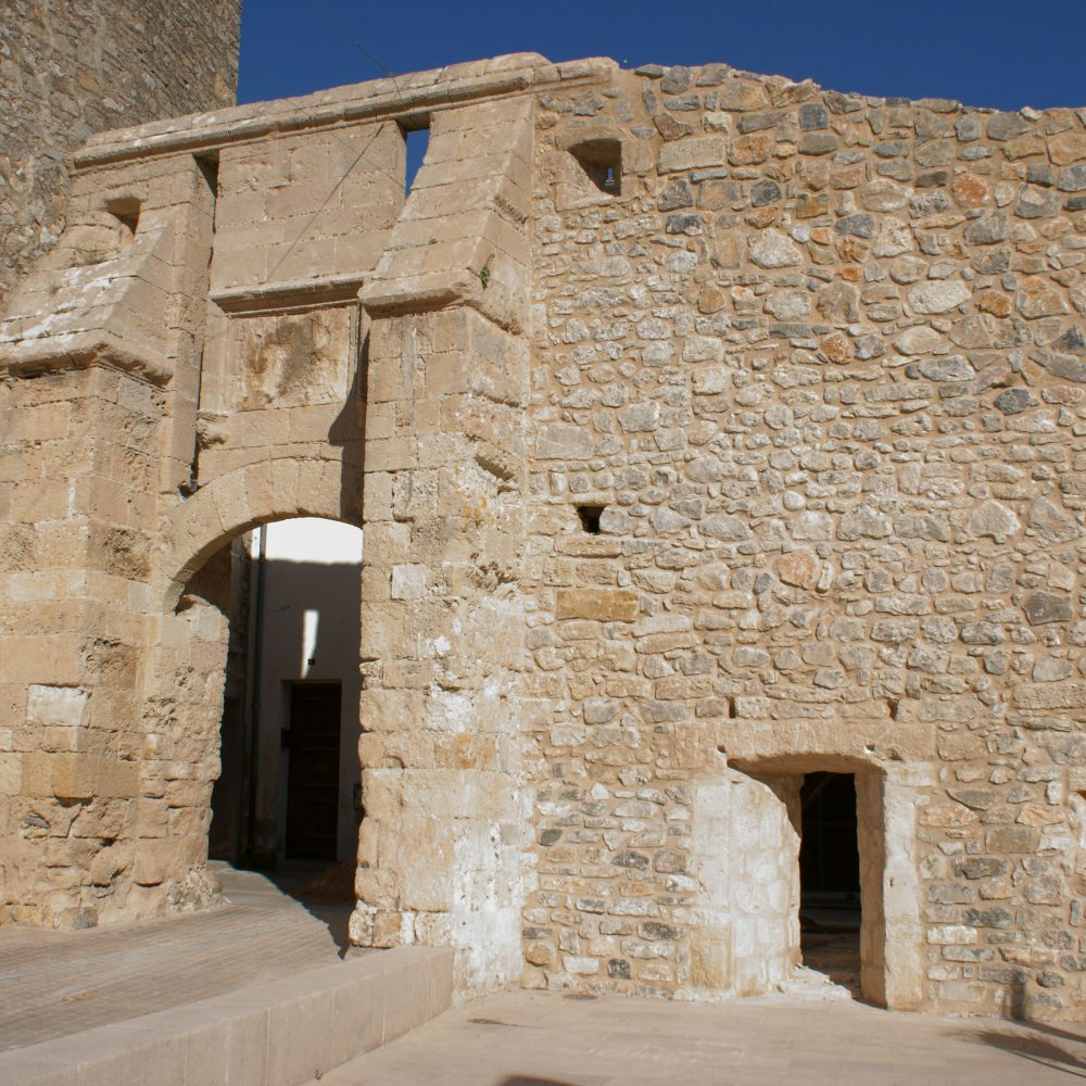 La porte de la Barbacane à La Palme ©Bulle-c
