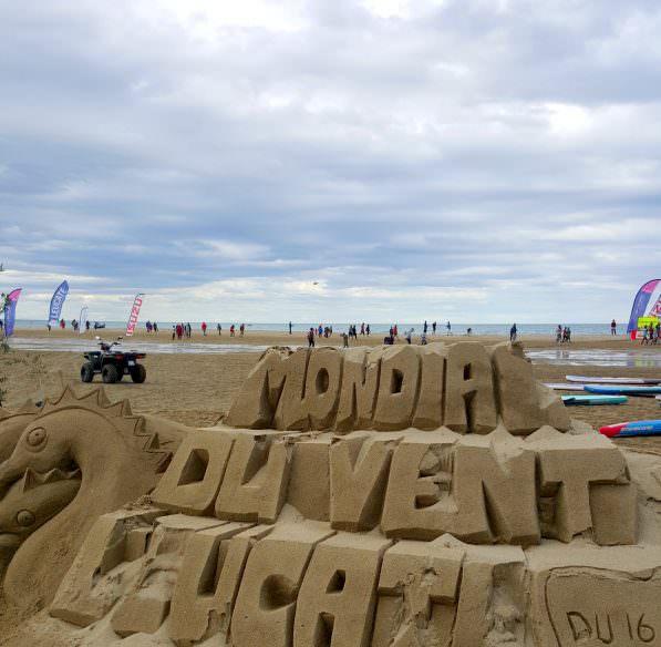 leucate-2016-04-franqui-mondial-vent-sculpture-sable-cr-b-scotto-adt-aude