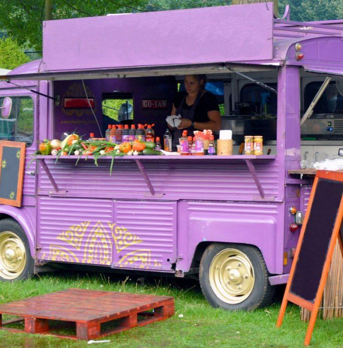 Manger au Festival Les Bulles sonores à Limoux ©Office de Tourisme du Limouxin