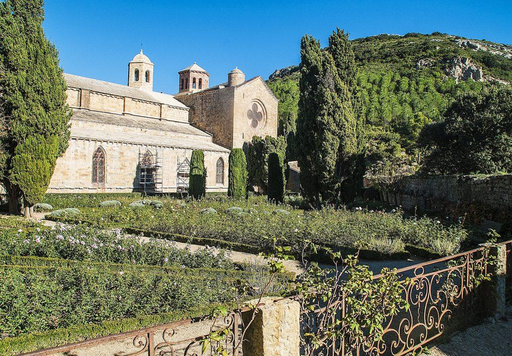 Narbonne, abbaye de fontfroide, jardin