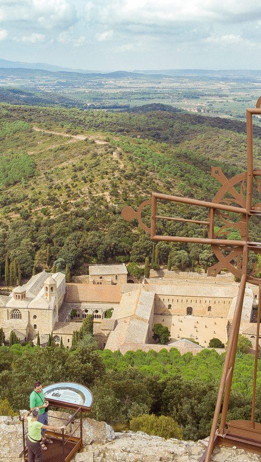 Narbonne, abbaye de fontfroide et massif