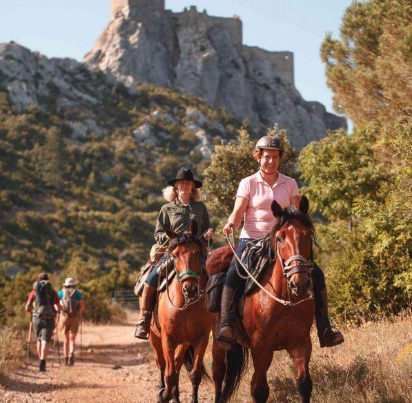 Randonnée à cheval sur le Sentier Cathare ©Vincent Photographie-ADT de l'Aude