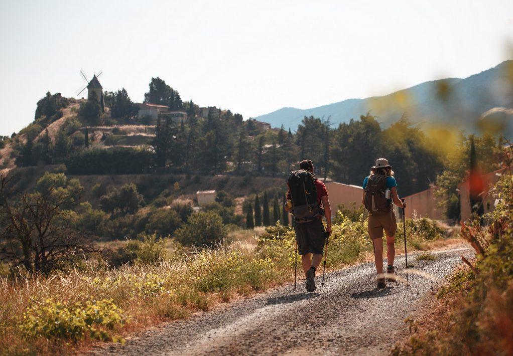 Randonner sur le Sentier Cathare à Cucugnan ©Vincent Photographie-ADT de l'Aude