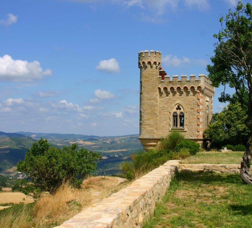 Visite de Rennes-le-Château et sa tour Magdala ©Pierre Davy-ADT de l'Aude