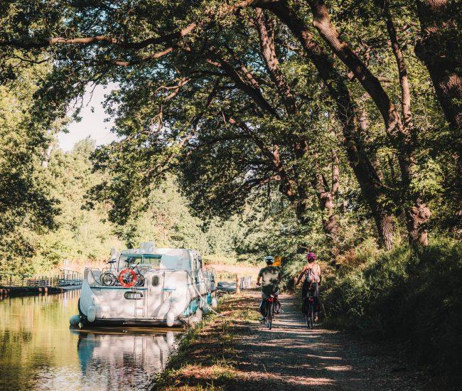 Le canal à port la Robine © Canal des 2 Mers à vélo, Lezbroz, T. Verneuil, ADT de l'Aude