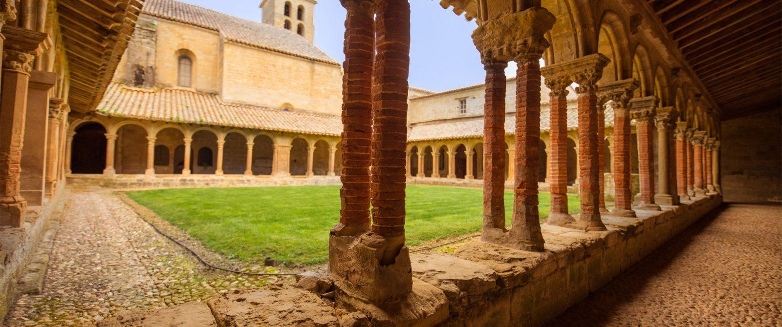 Visite de l'abbaye de Saint-Papoul ©Vincent Photographie-Conseil Départemental de l'Aude