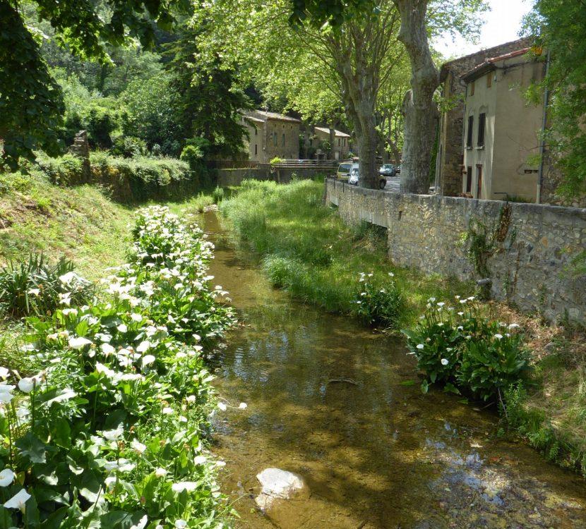 Le village de Termes et la riviére le Sou ©CAUE de l'Aude