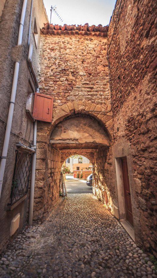 tuchan-0000-00-village-ruelle-cr-vincent-photographie.jpg