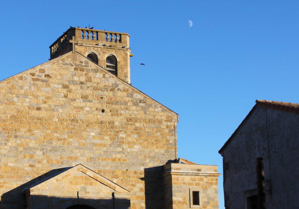 Visite de l'église Saint-Pierre à Villasavary ©Carla Cazals - ADT Aude