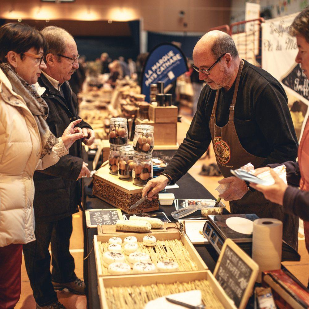 villeneuve-minervois-2019-01-marche-truffe-producteur-fromage-cr-vincent-photographie-adt-aude